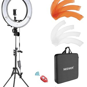 Neewer Ring Light Kit for Sale in San Diego, CA