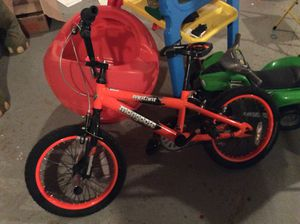 Kids first bike , Mongoose w/ training wheels for Sale in Lindenwald, OH