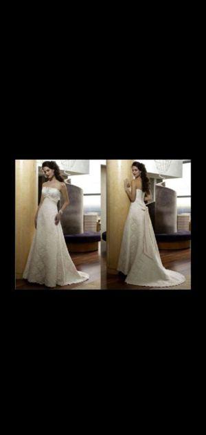Wedding dress for Sale in San Lorenzo, CA