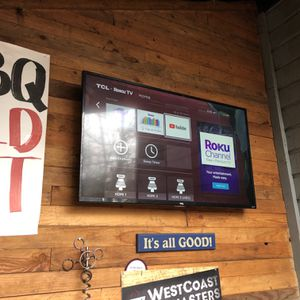 "TCL Roku 50"" Inch 4K Tv w/ Wall Mount for Sale in Issaquah, WA"