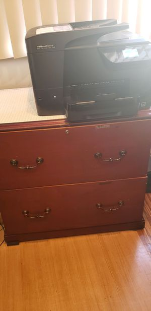 two file cabinets and a printer for Sale in Fayetteville, GA