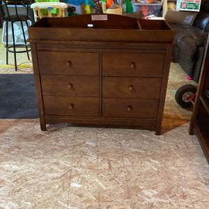 Nursery Dresser With Changing Table Top for Sale in Bonney Lake, WA