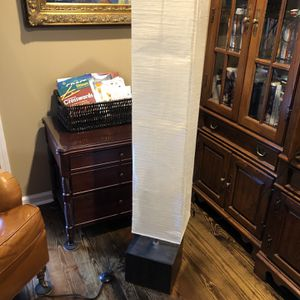 4ft Floor Lamp for Sale in Oakwood, GA