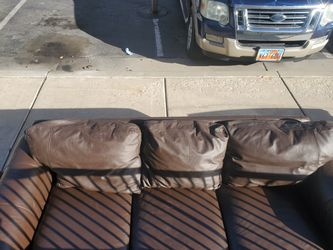 Nice lether couch little worn on the pillows no cuts for Sale in Salt Lake City,  UT