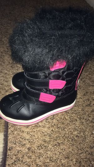 Size 12 girl snow boots for Sale in Washington Township, NJ