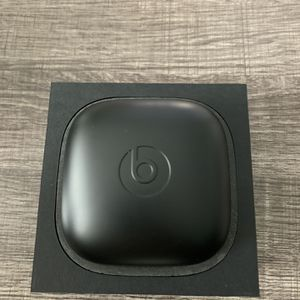 POWERBEATS PRO. OPENED BOX. BRAND NEW. NEVER USED. PERFECT CONDITION for Sale in Stanton, CA