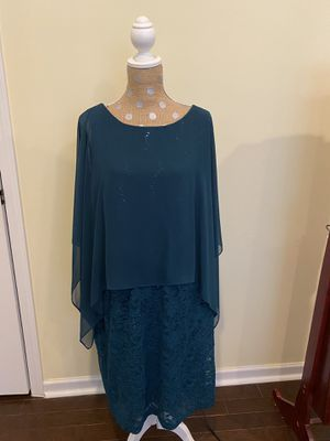 Plus 18W Emerald Green Cocktail dress for Sale in Fort Mill, SC