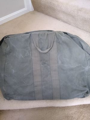 Cloth military duffle bag for Sale in North Ridgeville, OH