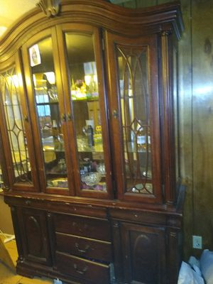 China cabinet for Sale in San Angelo, TX