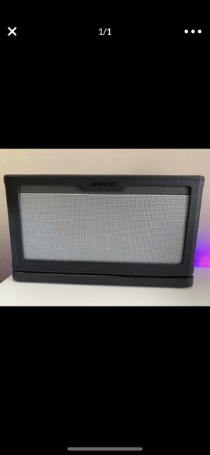 Bose sound dock 3 for Sale in Aspen Hill, MD