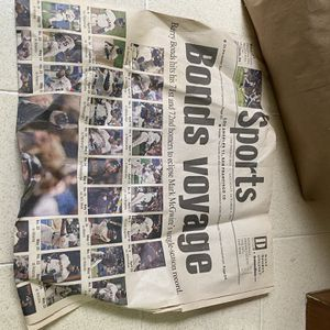 Baseball Collector ? The Fresno Bee Article On Barry Bonds 2001 for Sale in Fresno, CA