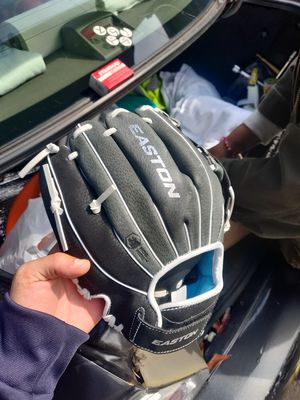 Easton baseball gloves and bats for sale. $25 each brand new for Sale in The Bronx, NY