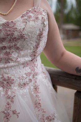 Plus Size Wedding Dress 24 for Sale in Herriman, UT