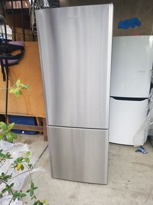 Blomberg Stainless steel refrigerator for Sale in San Francisco, CA