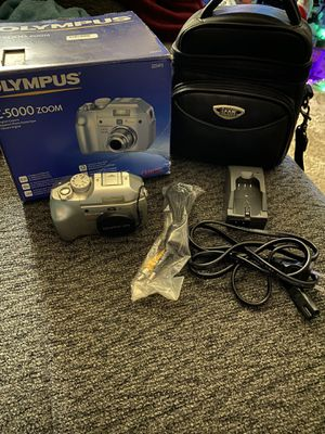 Olympus c-5000 zoom digital camera for Sale in Derry, NH