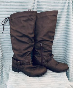 XOXO Dark Taupe heeled tall boot, size 7.5 for Sale in Carlsbad, CA