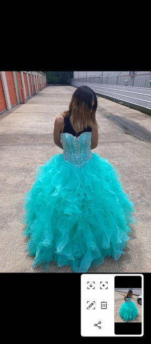 Quinceanera dress only worn twice for Sale in Houston, TX