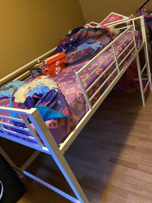 Twin size bed frame (READ DISCRIPTION) for Sale in Philadelphia, PA