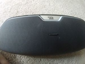 JBL on beat bluetooth speaker for Sale in Wheeling, IL