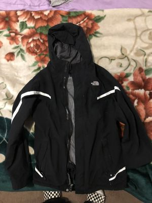 the north face windbreaker for Sale in Lincoln Acres, CA