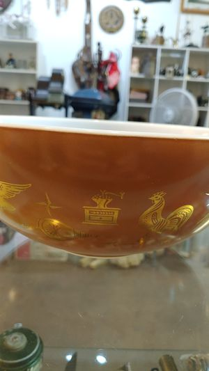 Pyrex mixing bowl Vantage for Sale in Glendale, AZ