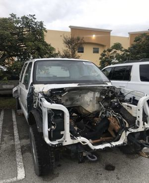2011 Ford F350, CLEAN TITLE. F-350 Clean title for Sale in Miami, FL