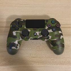 PS4 controller camo green for Sale in Portland,  OR