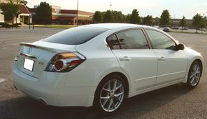 Economy car 2007 Nissan Altima New battery for Sale in Washington, DC