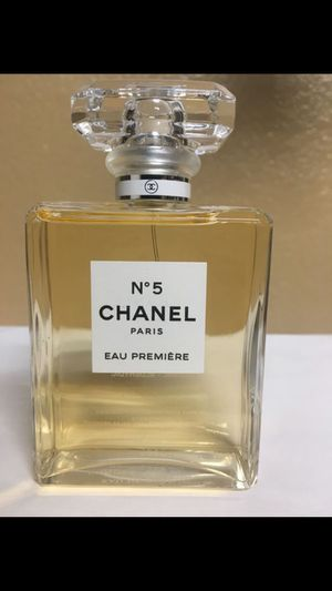 Chanel No. 5 Women's Perfume 3.4 oz 100ml for Sale in San Bernardino, CA
