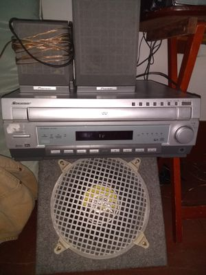 Pioneer 7.1 DVD/Intergrated Amp. 2front,2 rear,center and sub all pioneer for Sale in Saint Joseph, MO