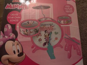 Disney Junior Minnie Mouse Acoustic Jazz Drum Set With Stool for Sale in Chandler, AZ