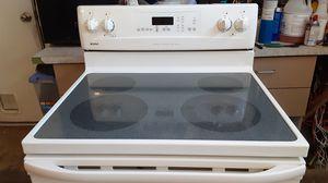 Estufa kenmore muy Buenas condiciones todo funciona bien for Sale in Phoenix, AZ