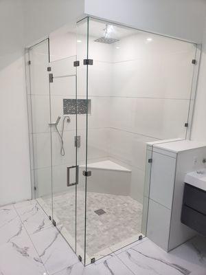 Shower Door & Mirror for Sale in Boca Raton, FL