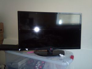 LG smart TV 32 inch for Sale in Missoula, MT