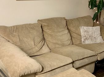 Super Comfy Couch for Sale in Del Mar,  CA