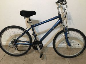 Raleigh mountain bike for Sale in Deerfield Beach, FL