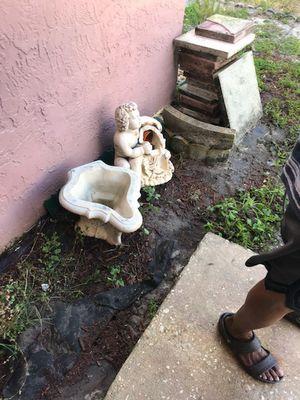Garden fountain (cherub) for Sale in Oviedo, FL