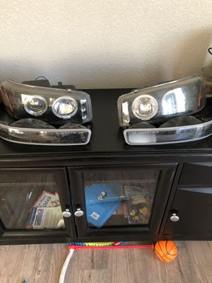 Gmc headlights for Sale in Tracy, CA