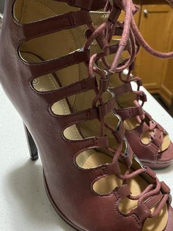 Forever 21 Lace Up Stiletto Heels Sz 5 for Sale in Knightdale,  NC