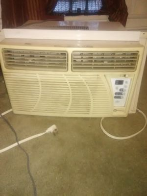 Maytag digital Air conditioner for Sale in Pittsburgh, PA