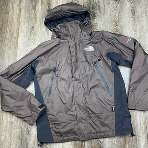Like new* North face Gore-tex Hyvent Alpha jacket* men's medium for Sale in Spokane, WA