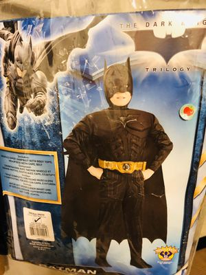 Batman child costume (small 3 to 4 years old) for Sale in Puyallup, WA