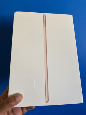 """128GB Apple Ipad 7th Generation (10.2"""" Retina/ 2019 latest model) sealed brand new with new case & Screen protector for Sale in El Monte, CA"""