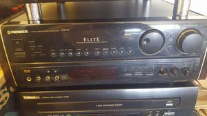VINTAGE PIONEER VSX-99 455W ELITE RECEIVER EXCELLENT CONDITION ONLY PICK UP for Sale in Woonsocket, RI