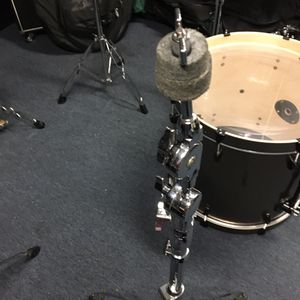 Sound Percussion- heavy duty cymbal stand for Sale in South Gate, CA