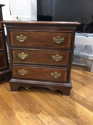 Dresser and night stand for Sale in Rockville, MD