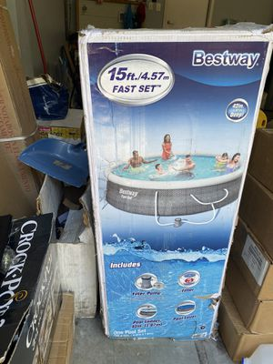 "New In Hand Bestway Above Ground Swimming Pool 15' x 42"" Fast Set Pool for Sale in Dublin, OH"