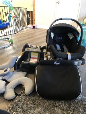 Chico fit30 infant car seat for Sale in Santa Ana, CA