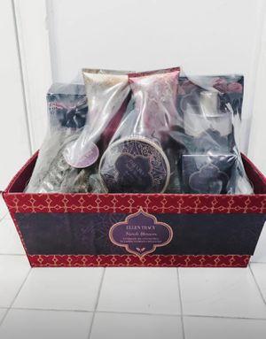Bath Gift Set for Sale in Bristow, VA