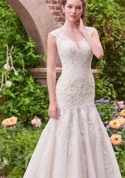 Victoria Dress By Rebecca Ingram Wedding dress Size 14 Never worn for Sale in Mamaroneck,  NY